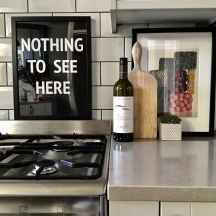 Liznylon Kitchen 'Nothing to See Here'
