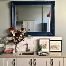 Liznylon kitchen feature wall