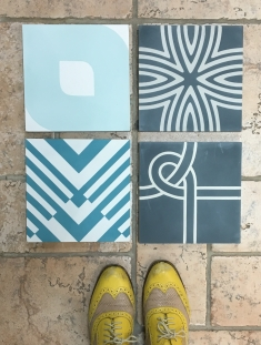 Liznylon on the hunt for tile inspiration, feeling blue & patterned
