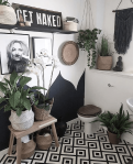 Vintage-Skye-Monochrome-Boho-Jungalow-Bathroom