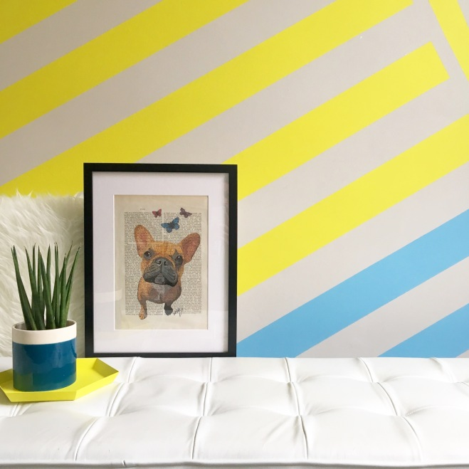 Liznylon_kids_bedroom_abstract_yellow_stripes