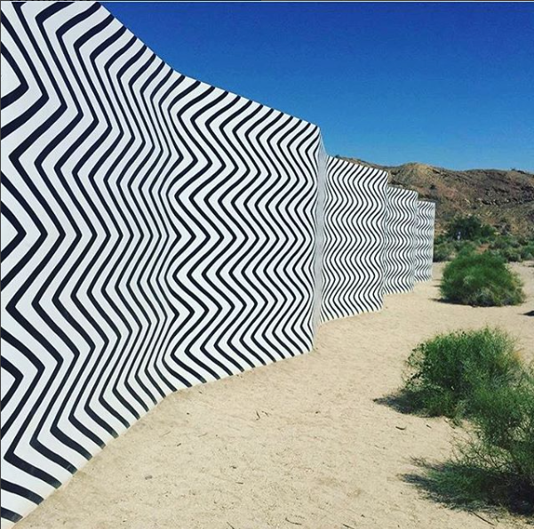 Palm-Springs-Claudia-Comte-curves-and-zigzags