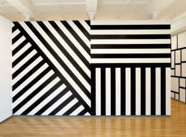 Sol_Lewitt_Mass_MoCA_abstract_mural
