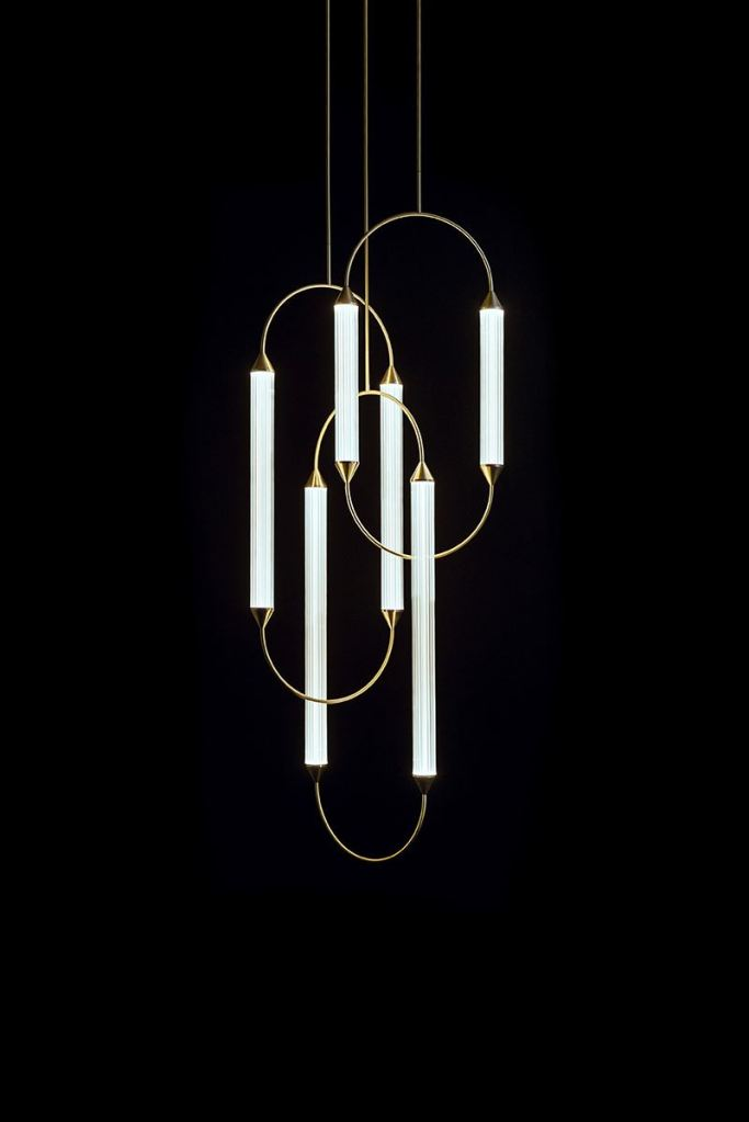 GiopatoCoombes_Cirque_Chandelier_4_3
