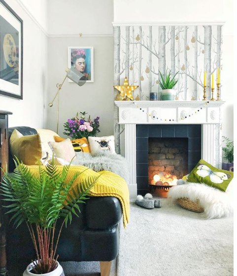 Little_House_in_London_Wallpapers_Chimney_Breast