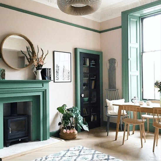 MorningsinMorningside_green_mantel_and_woodwork