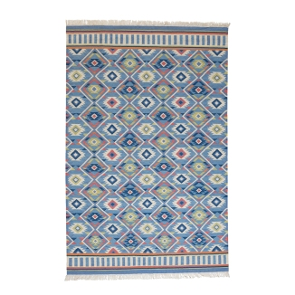 Wicklewood_Diamon Rug_hand woven