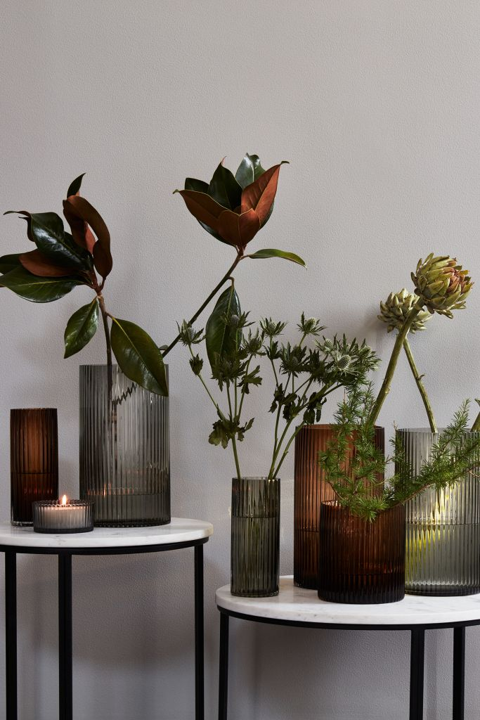 HMHome_Reeded_Glass_Vases_in_Grey_and_Amber