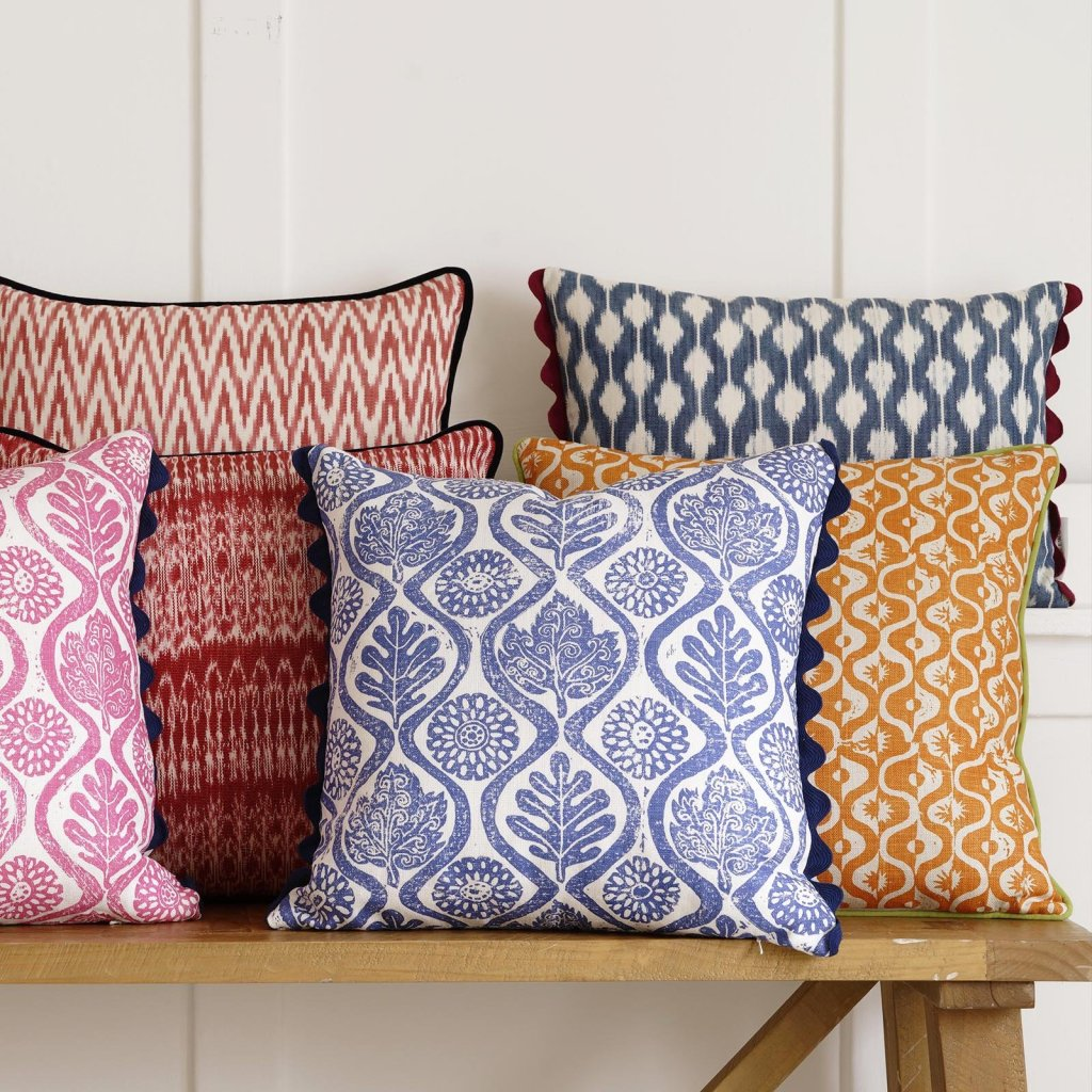 Wicklewood_Oakleaves_cushion_and_other_colourful_cushions