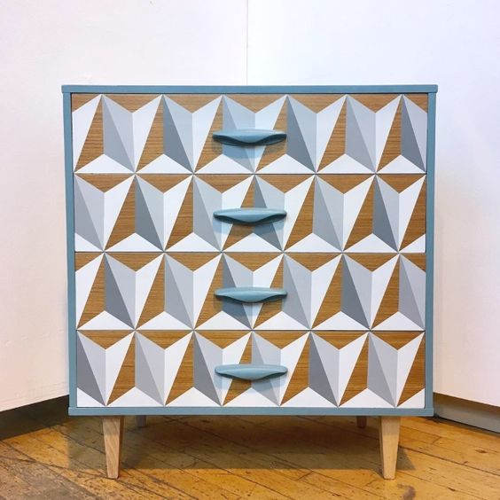 HappyRetroFurniture_uses_CraigandRose_paints_geometric_design_upcycle