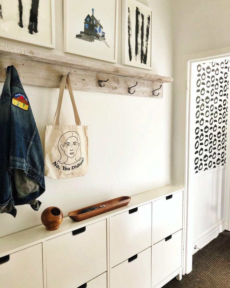 Elaine_Gaito_hallway_hooks_and_storage_featured_in_domino_mag