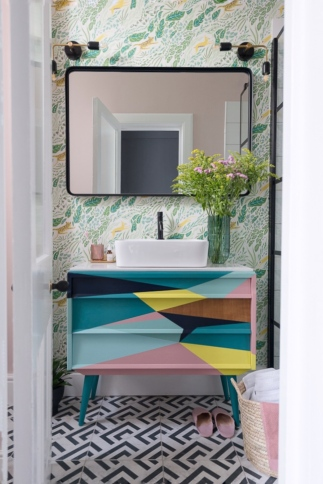 Liznylon_bathroom_upcycled_colourful_midcentury_vanity_with_wild_flowers