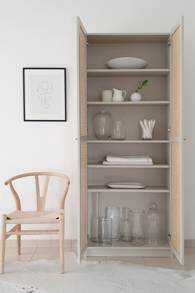 IKEA_BILLY_bookcase_hack8_House_of_Hawkes