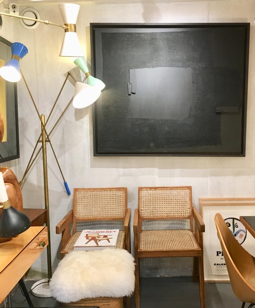 Liznylon_top_pick_at_latelier55_vintage_chairs_by_CorbusierandJeanneret