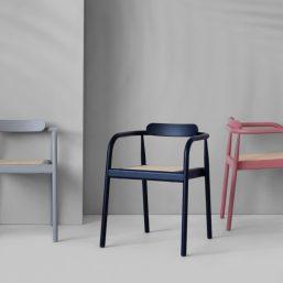 _Pleasewaittobeseated_ahm_chairs