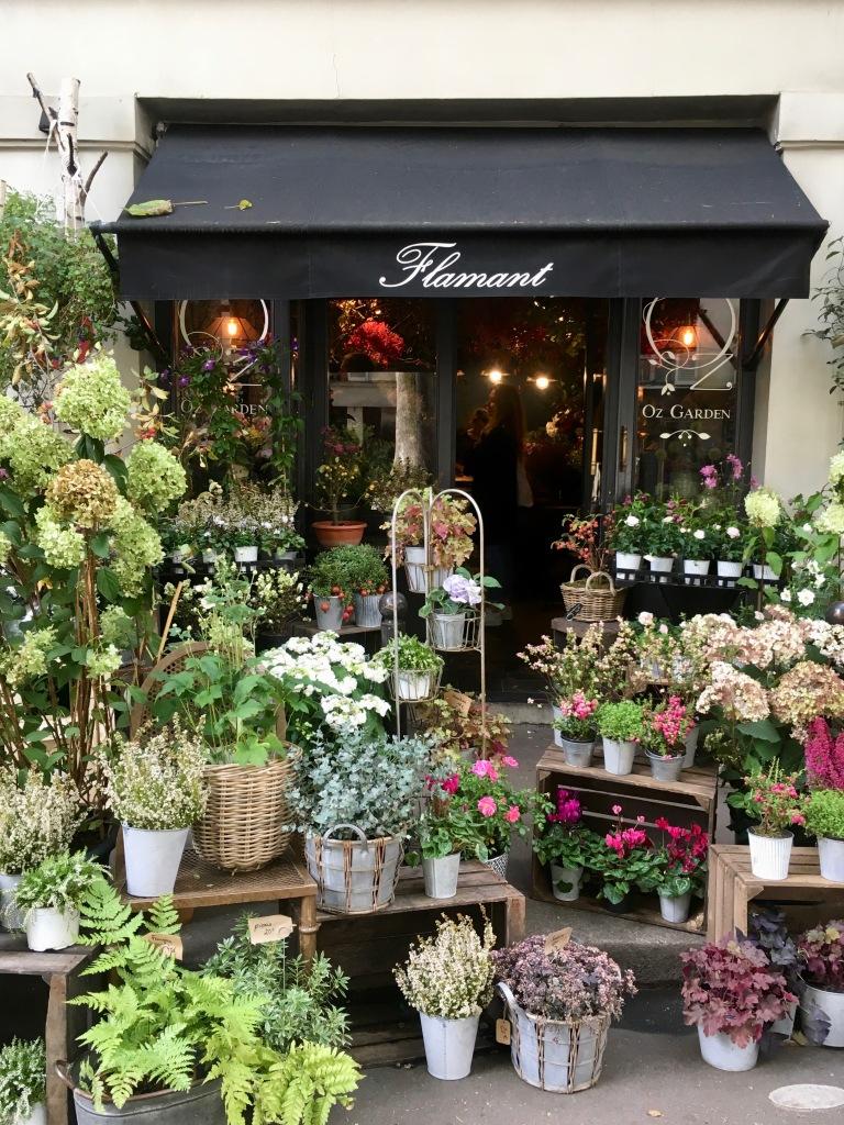 Liznylon_visits_Flamant_Paris