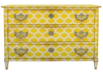 Moissonnier_commode-directoire-mezeray-672dp-hetre-peint-mains-losanges-jaune-moissonnier