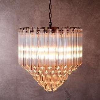 Pooky-leonardo-chandelier-lights-on