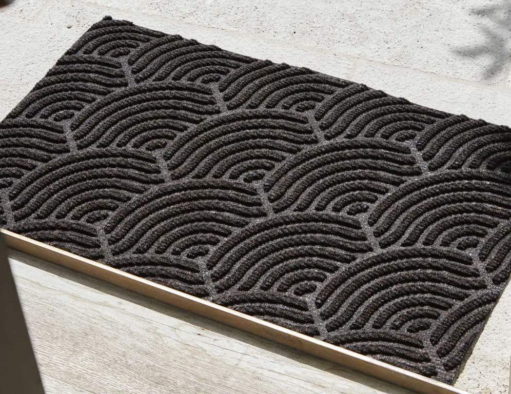 Rug-Seller-Waves Doormat-Dark Brown